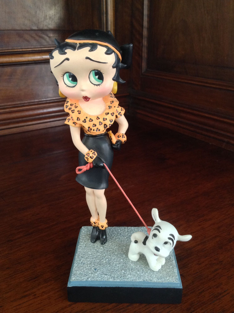 Betty Boop Out for a Stroll Collector Figurine