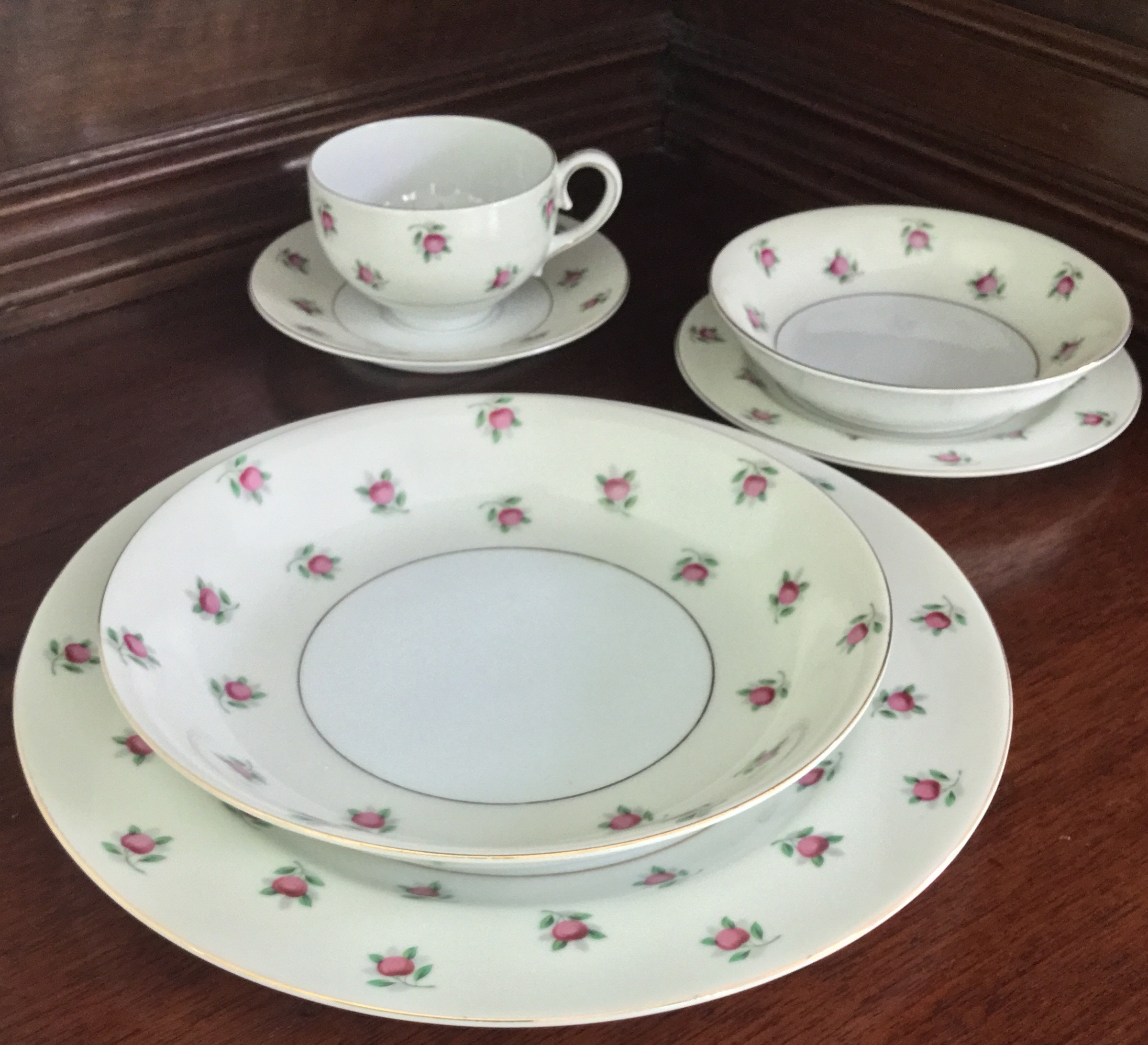 Ucagco China 6-Piece Place Setting