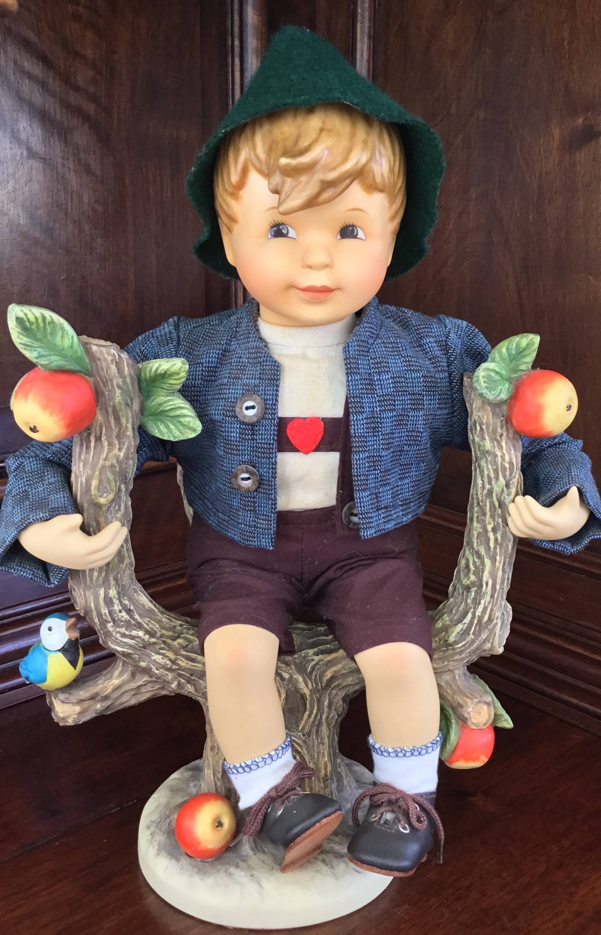 Hummel 13-Inch Apple Tree Boy