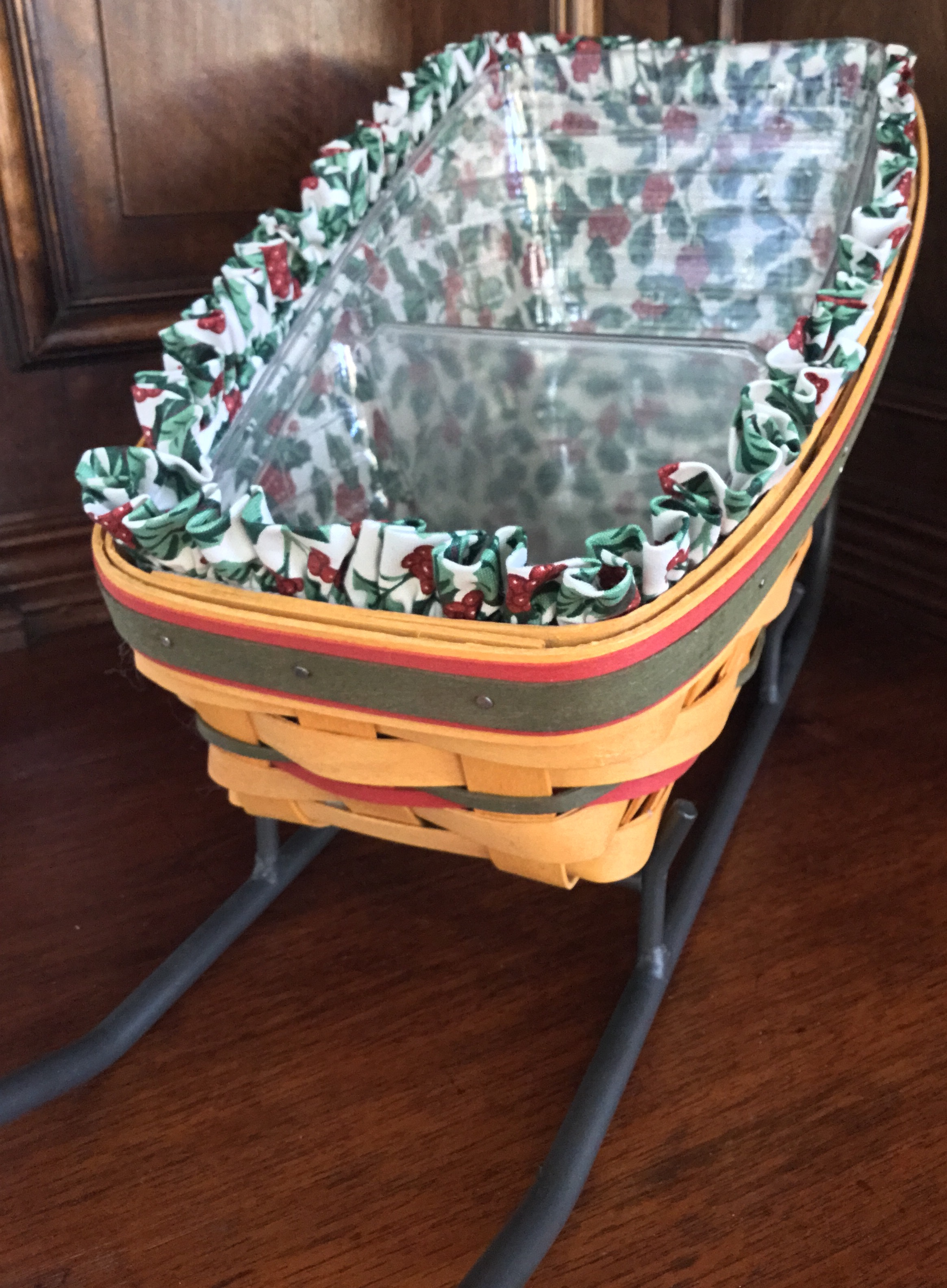1998 Longaberger Holiday Basket
