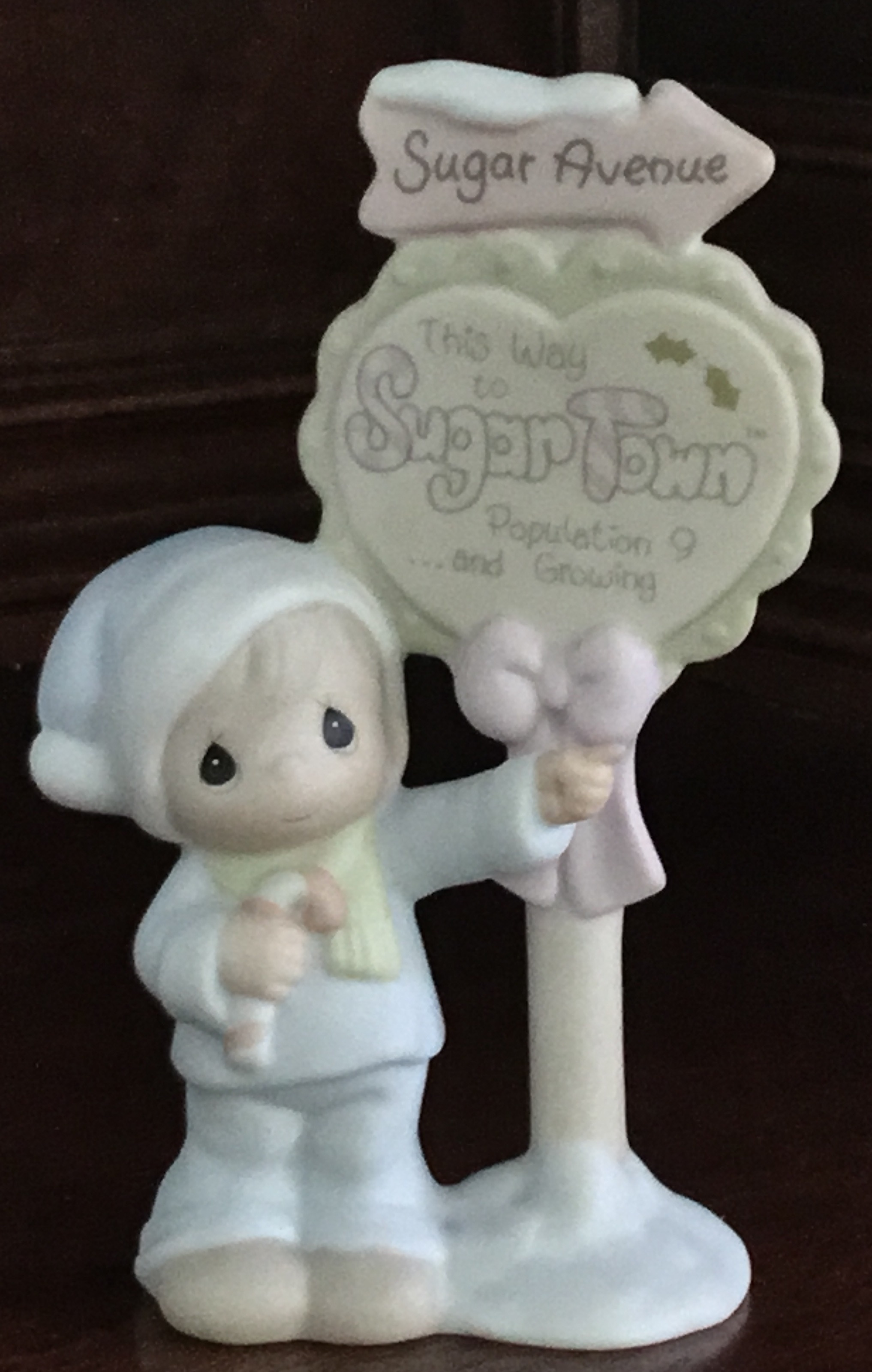 Precious Moments, Sugar Town Population Sign Figurine