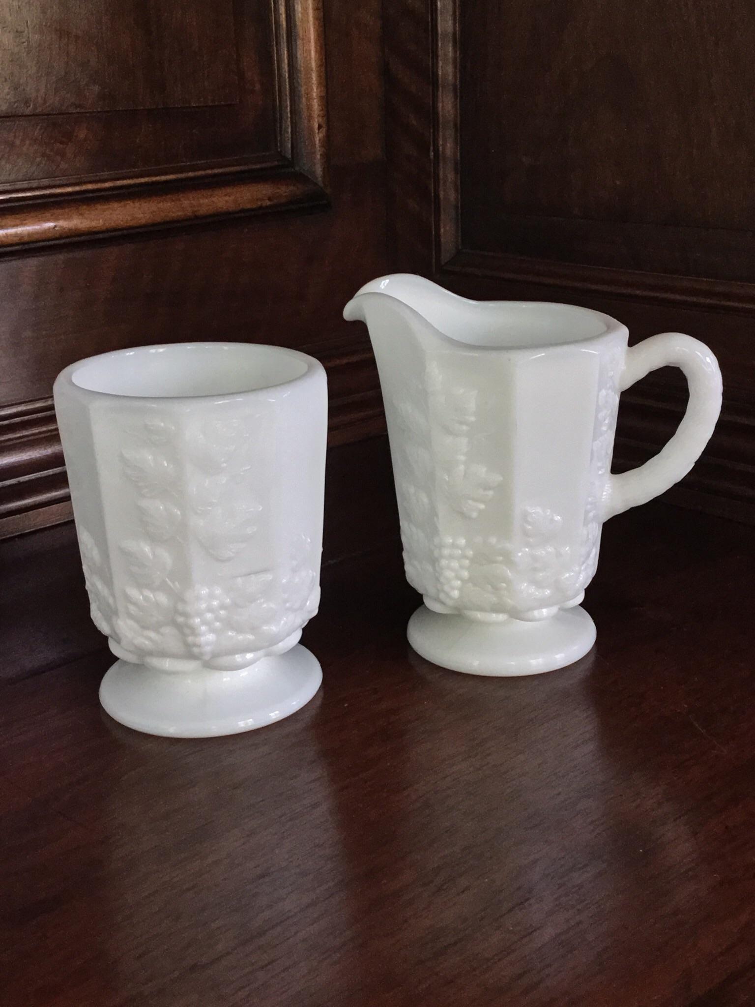 Vintage Westmoreland Milk Glass Grape Sugar And Creamer