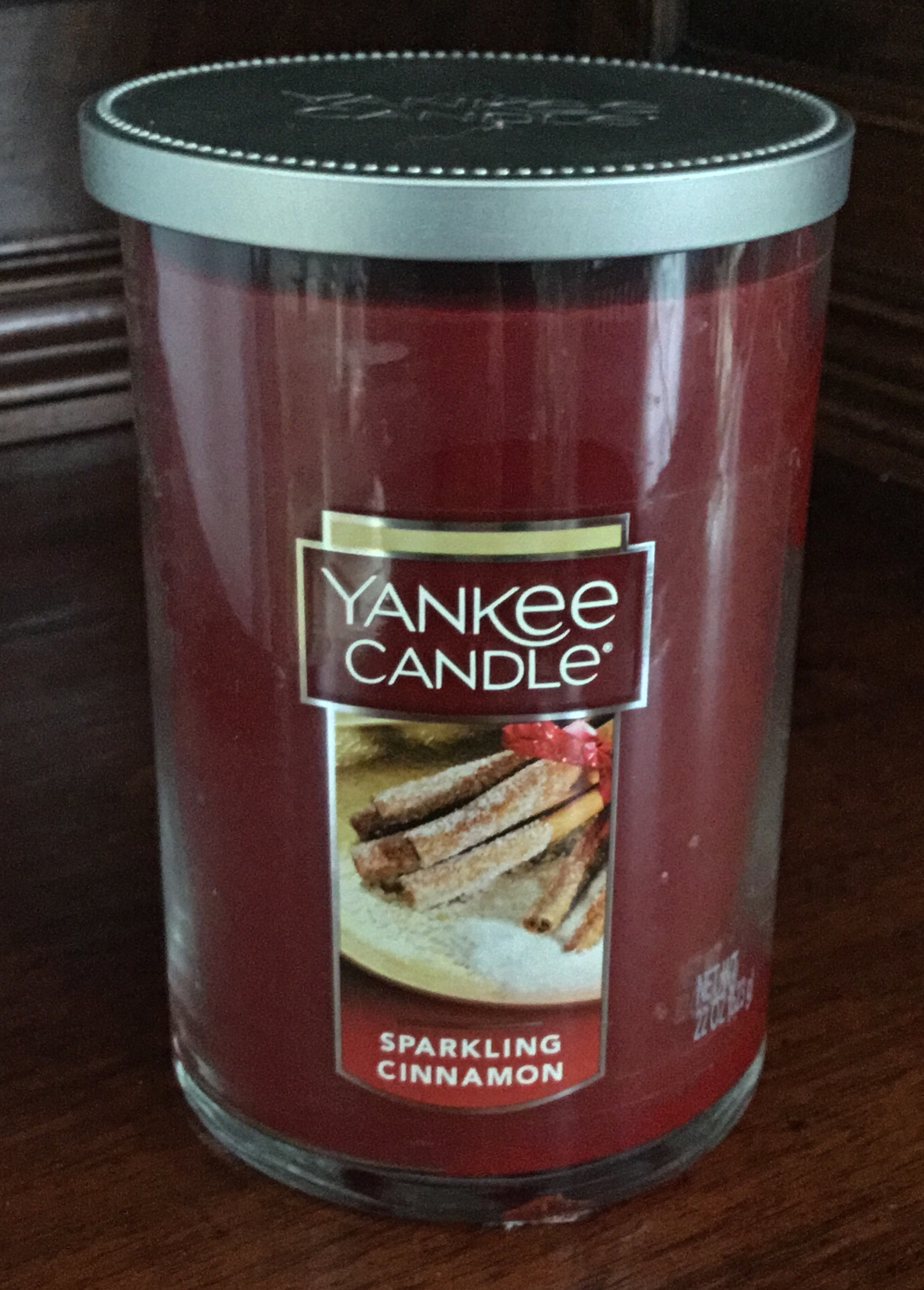 Yankee Candle, Sparkling Cinnamon Candle