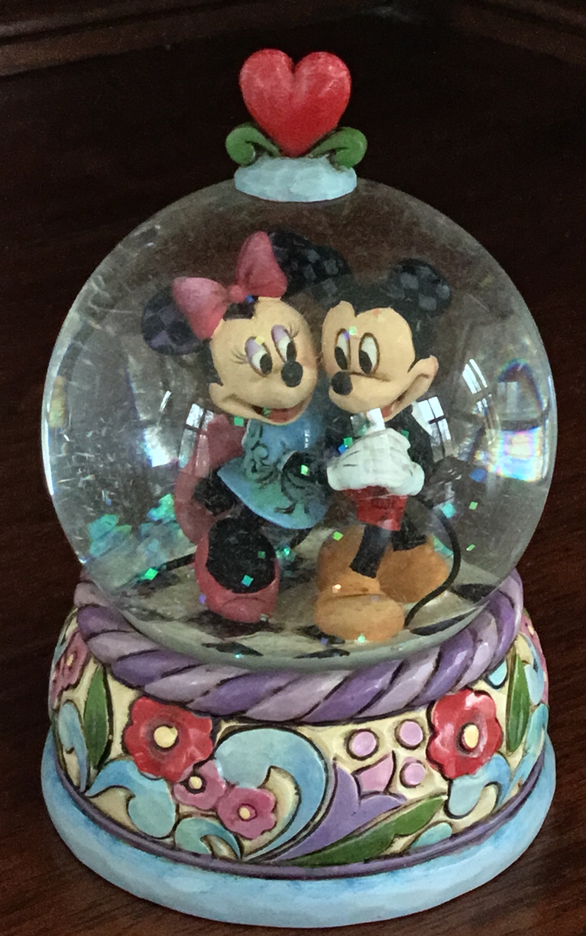 Jim Shore Mickey and Minnie Mouse Snowglobe