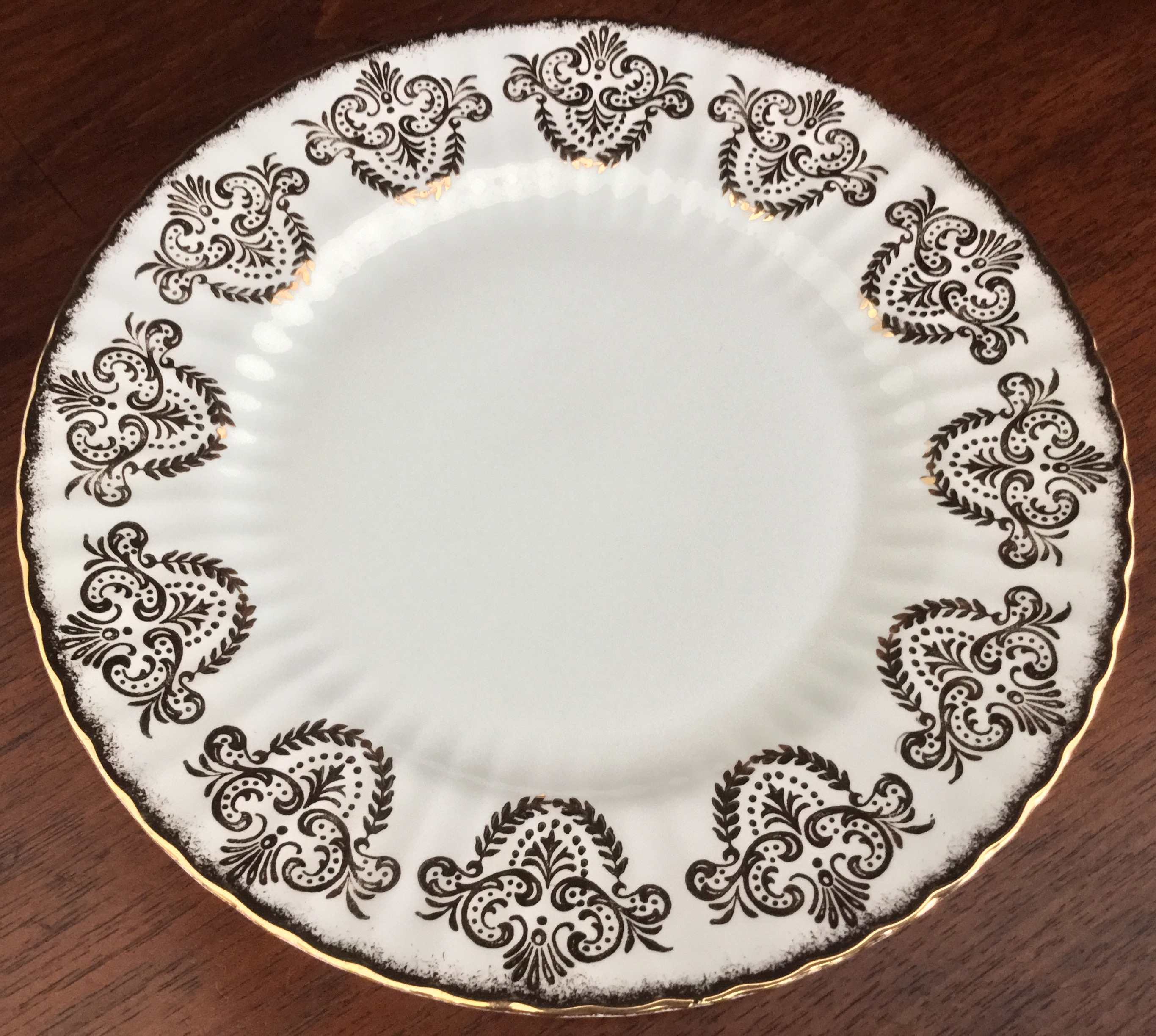 Paragon Fluted Plate