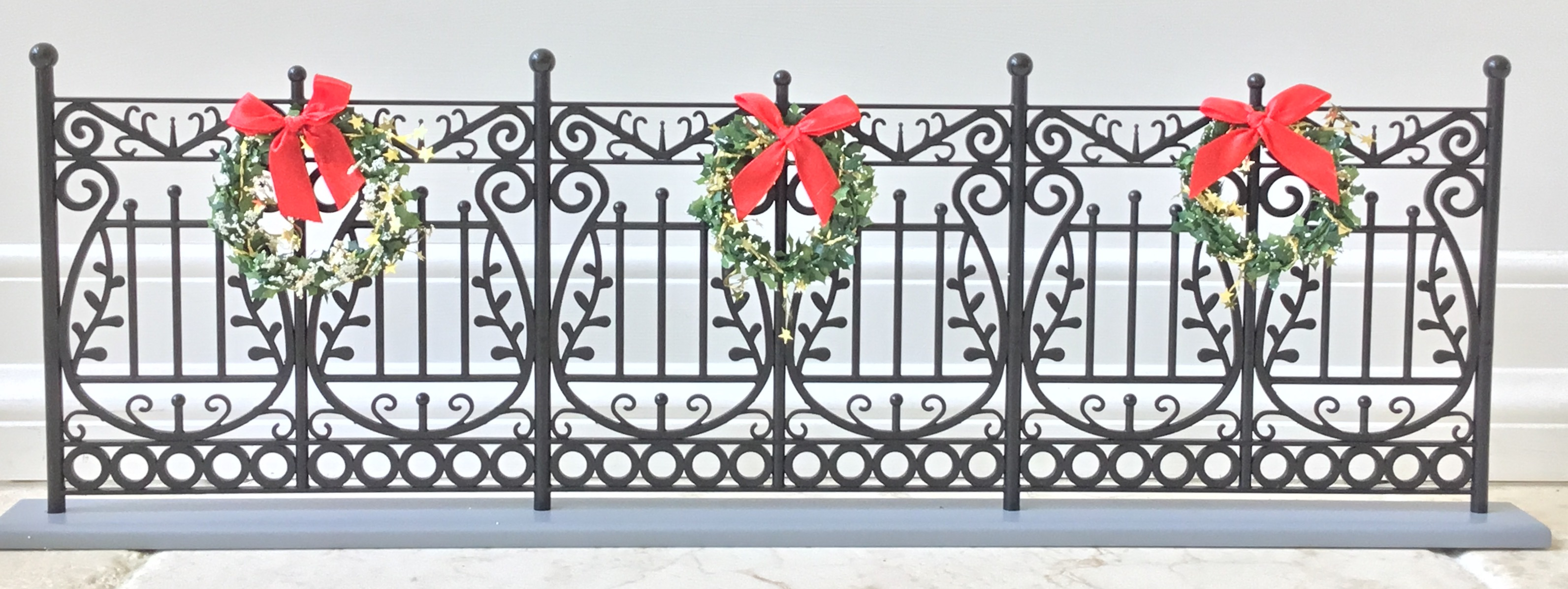 Decorative Fence with Wreaths