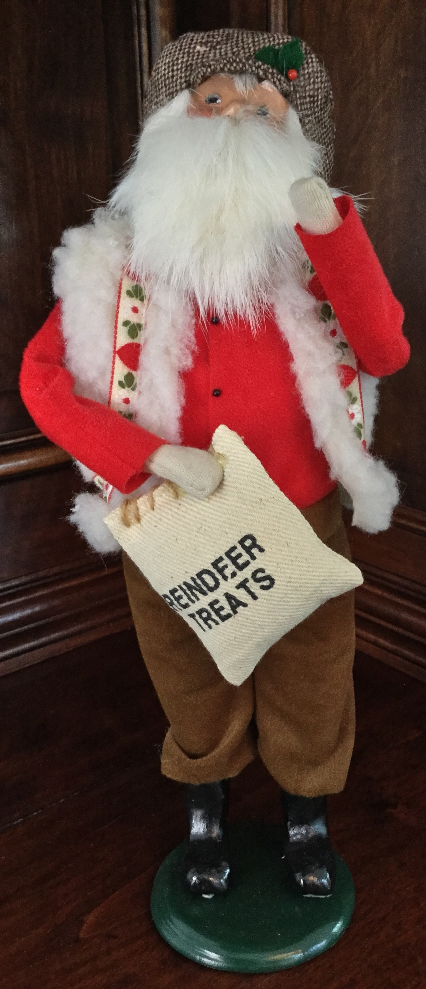 1997 Byers' Choice, Santa with Reindeer Treats