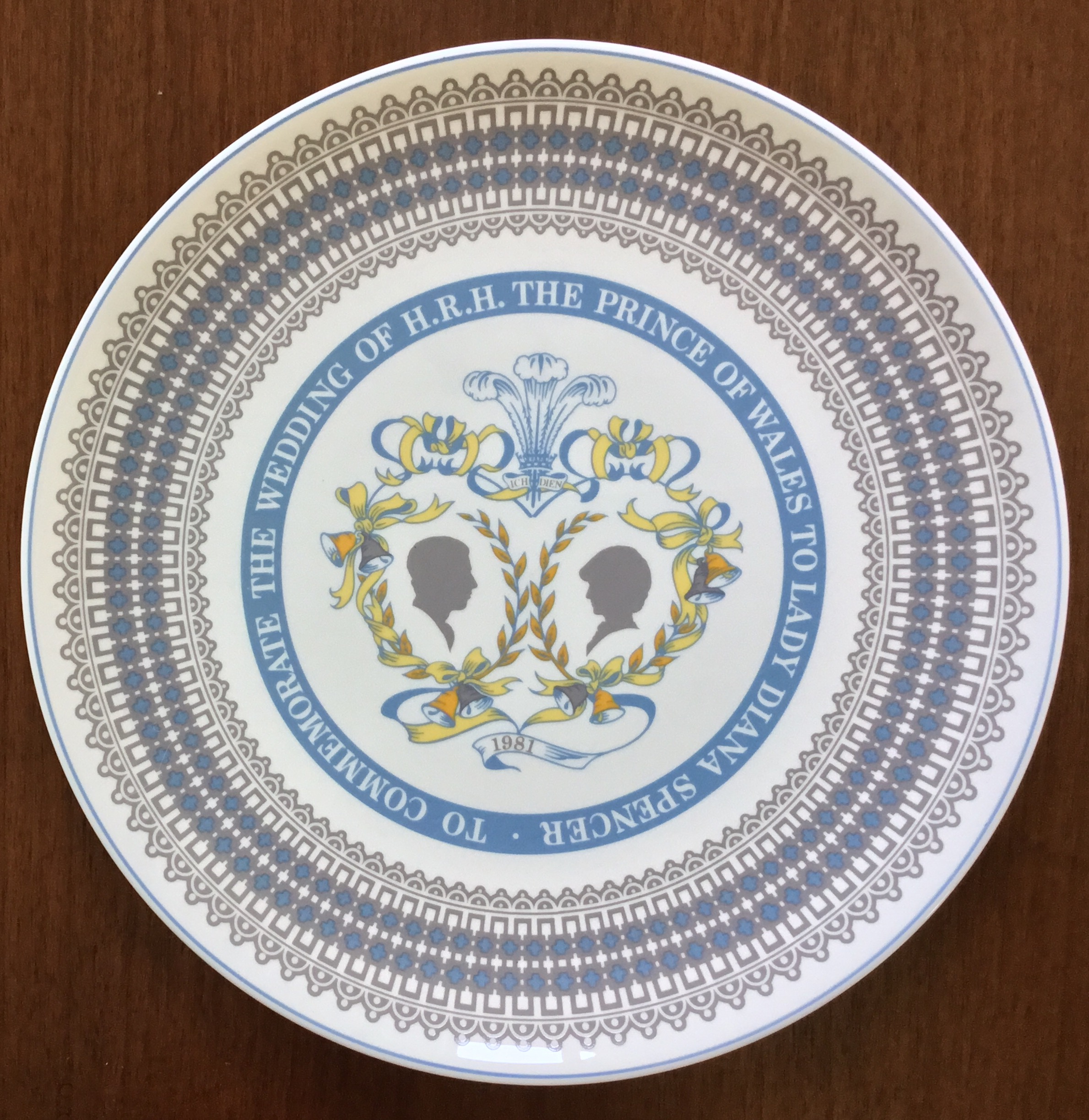 Royal Tuscan Commemorative Plate