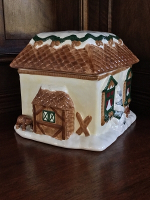 The Cellar Log Cabin Cookie Jar