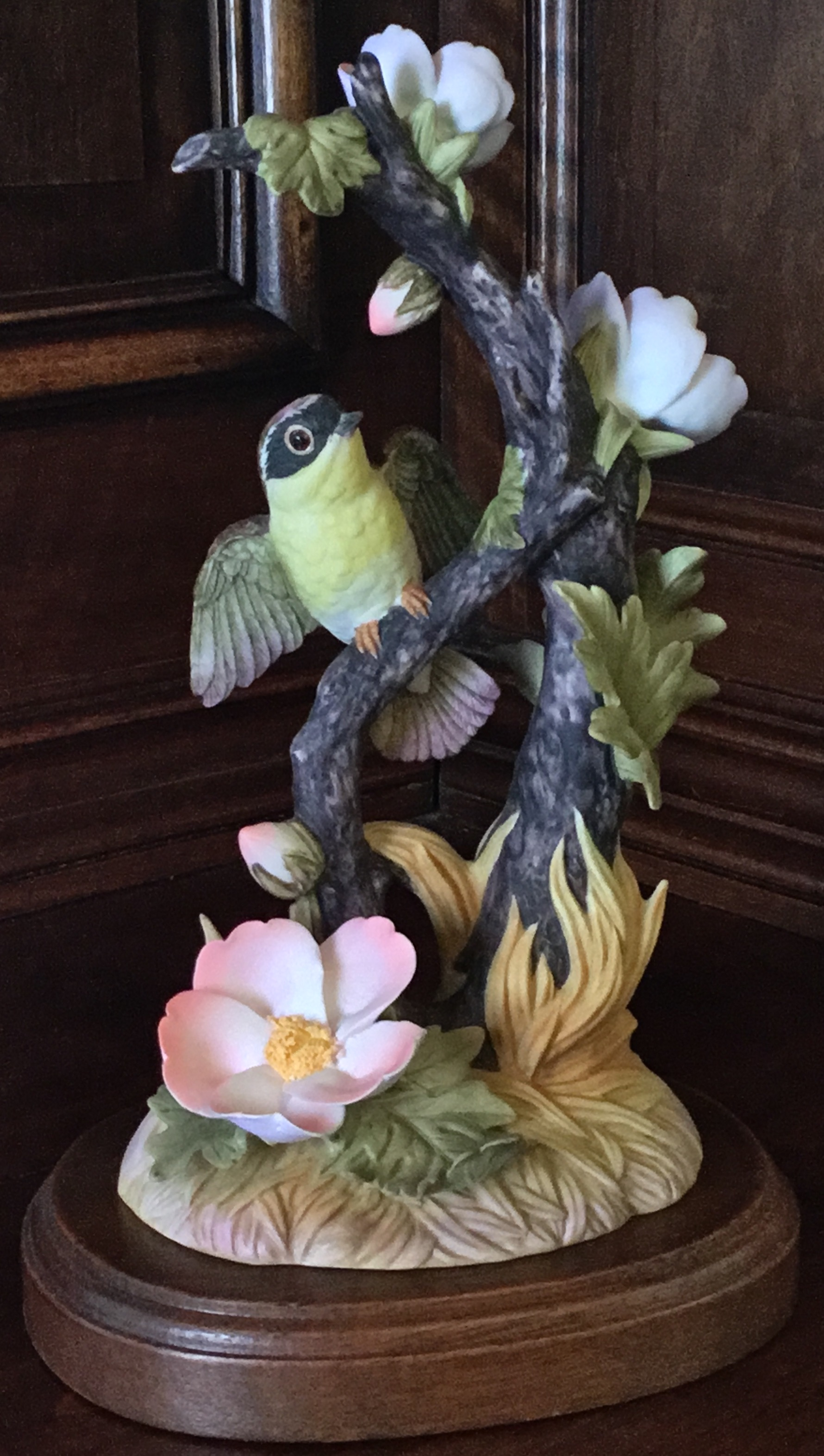 Gallery Birds by Gorham, Yellow Throat with Anemone