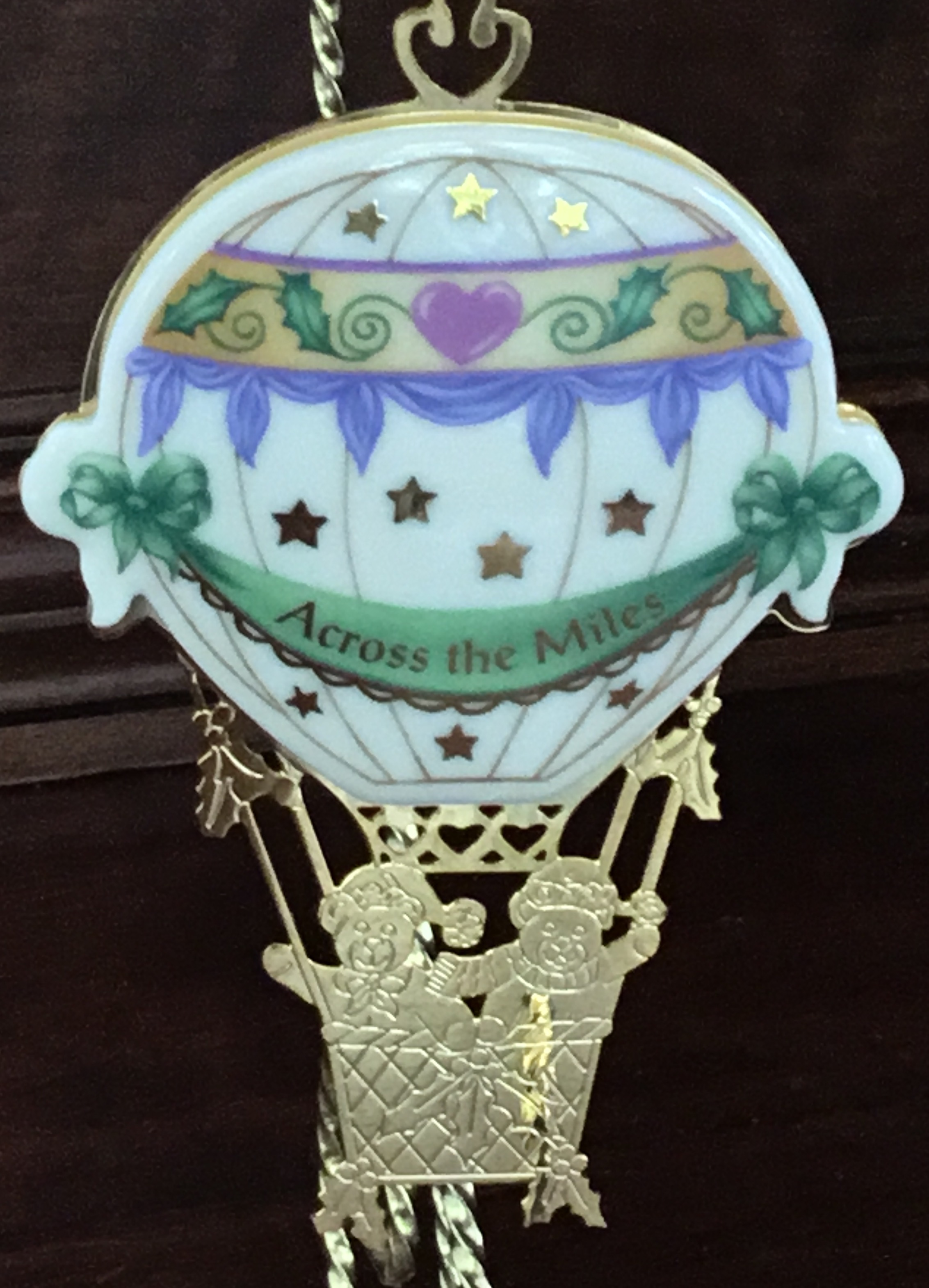 Lenox 1998 Across the Miles Ornament