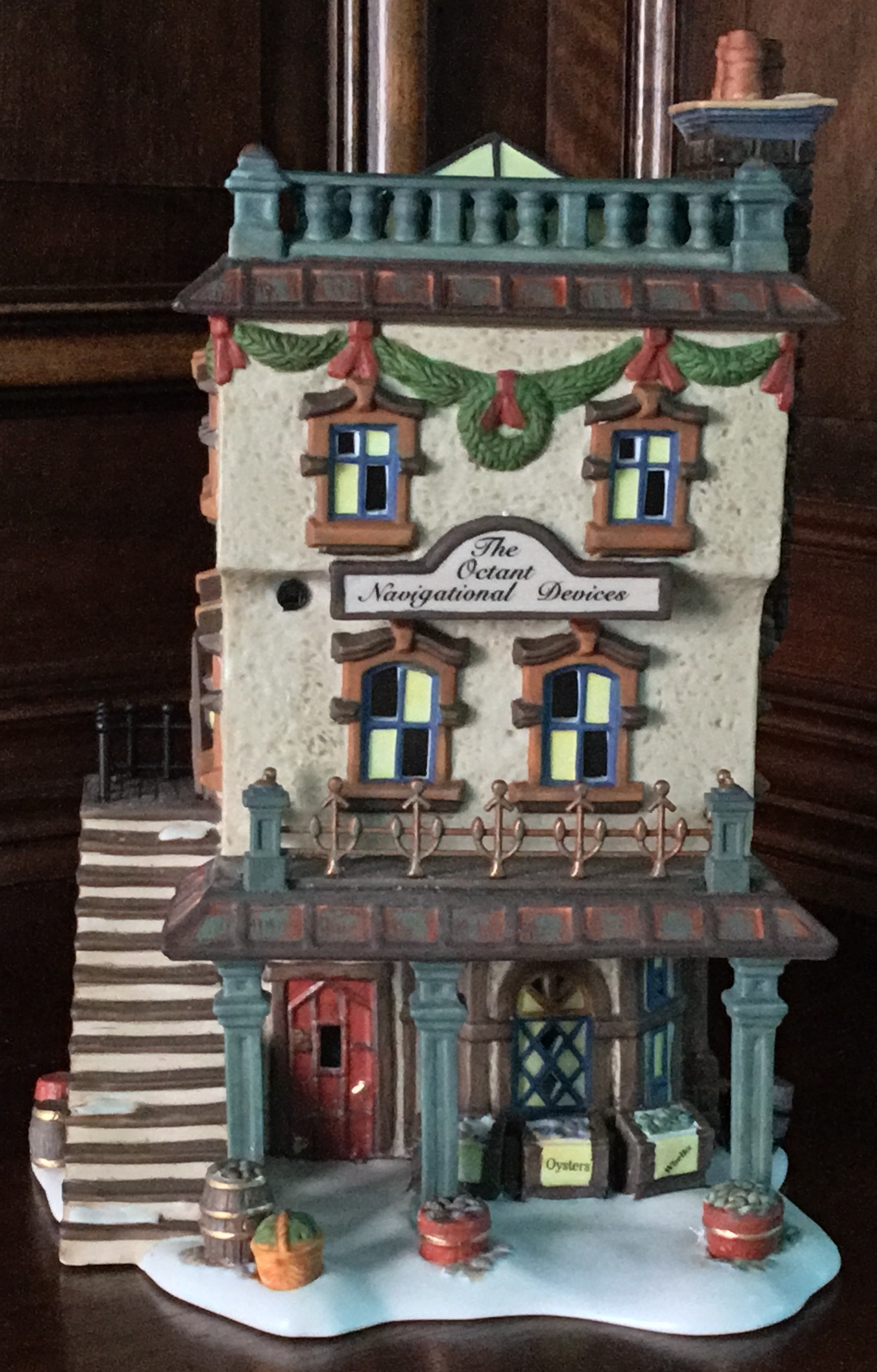 Department 56 Dickens' Village Series, Leed's Oyster House