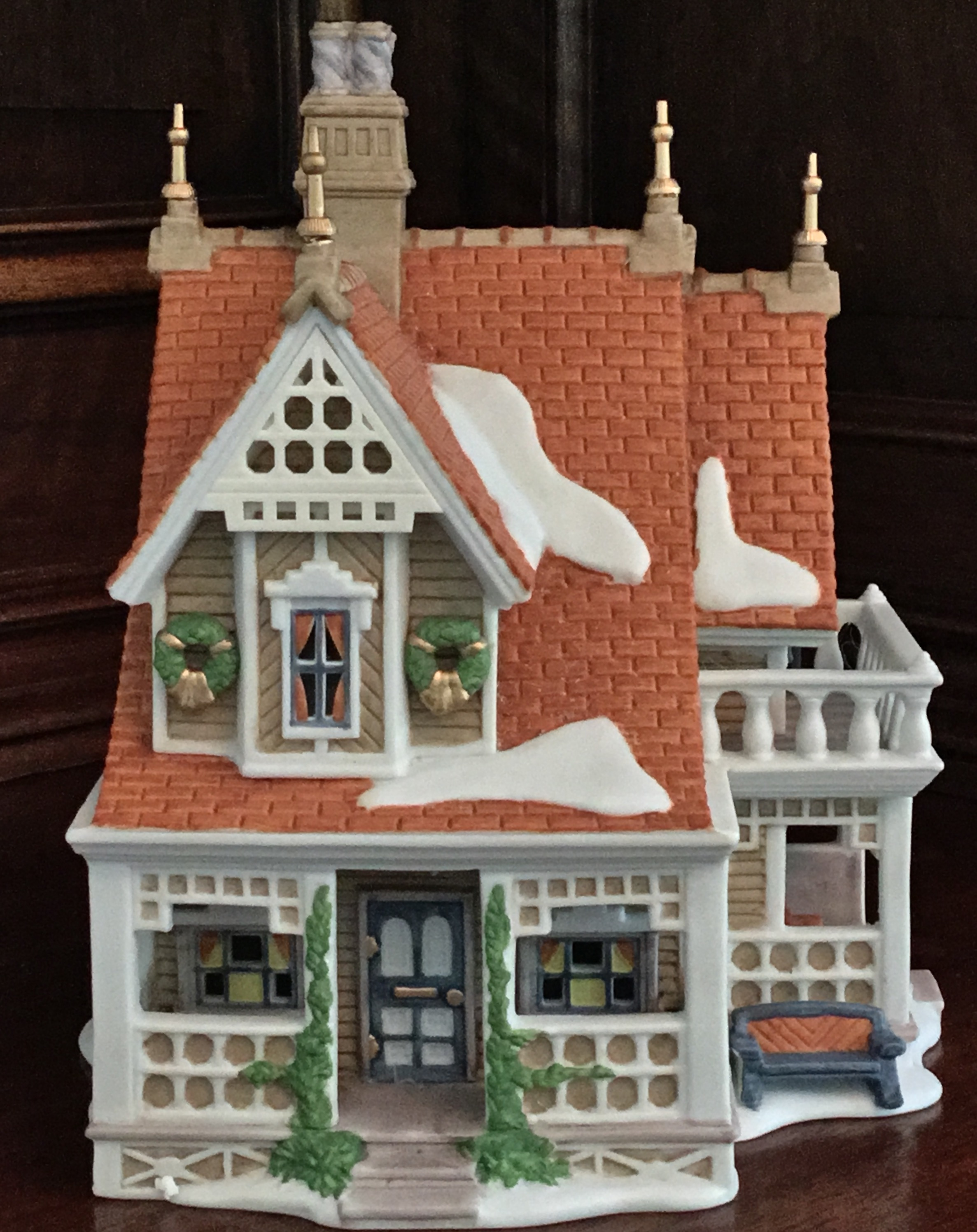 Department 56 New England Village Series, Bobwhite Cottage