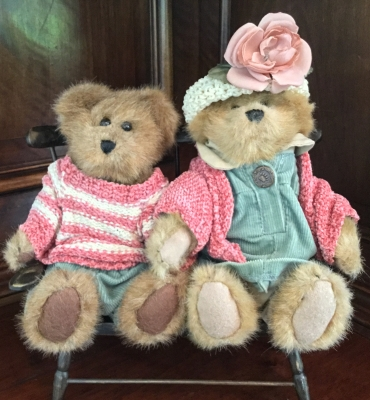 Boyds Bears, Buddies on a Bench