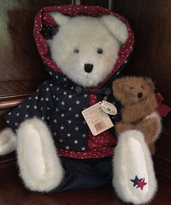 Boyds Bears, Starr B. Bearyproud with Sparkle