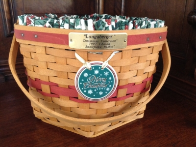 1997 Longaberger Snowflake Basket with Fabric Insert and Plastic Insert