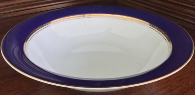 Cathy Hardwick for Mikasa Royal Cobalt Round Vegetable Bowl