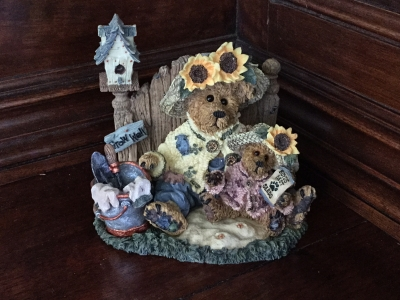 Boyds Bears & Friends, Sunny and Sally Berriweather...Plant with Hope