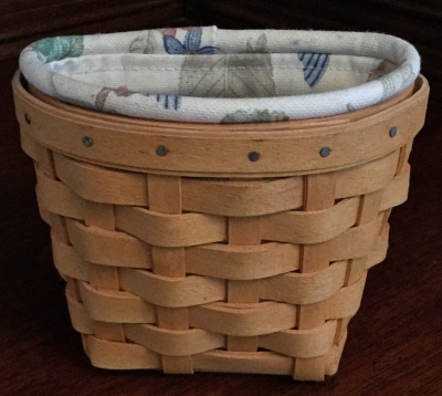 2000 Longaberger Oregano Basket with Fabric Liner