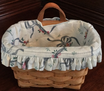 Longaberger Keepsake Basket with Fabric Liner