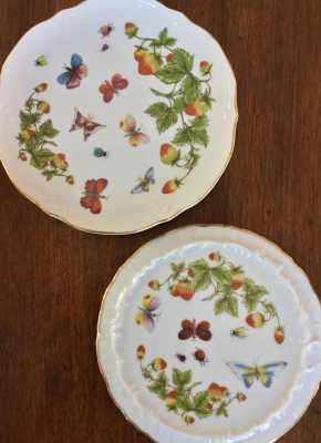 Butterfly and Strawberry Serving Plate and Trivet