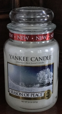 Yankee Candle Season of Peace Candle