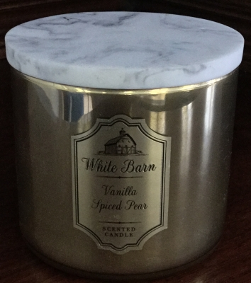 White Barn Vanilla Spiced Pear Candle