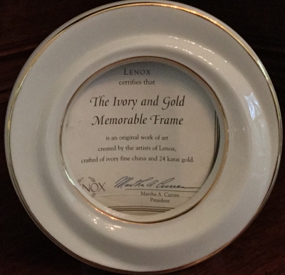 Lenox Ivory and Gold Memorable Frame