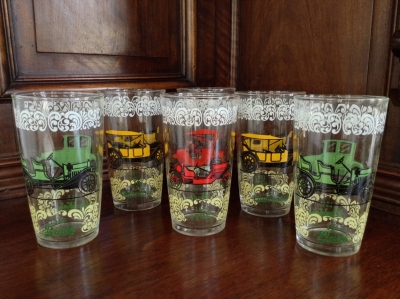 """Vintage Car"" Glasses, Set of 15"