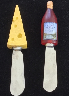 "Boston Warehouse ""Wine and Cheese"" Spreaders, Set of 2"