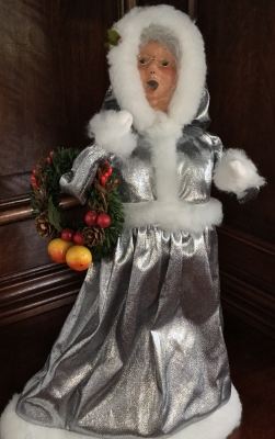 2003 Byers' Choice 25th Anniversary Silver Mrs. Claus