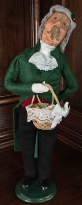 2007 Byers' Choice, Caroler with Ornaments