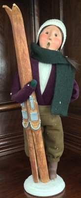 2001 Byers' Choice, Adult with Skis Girl with Green Scarf