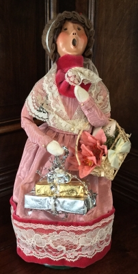 2001 Byers' Choice, Victorian Shopper in Pink