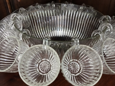 Punch Bowl Set, 14 Pieces