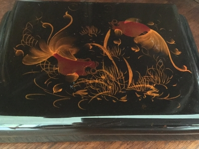 """Goldfish"" Jewelry Box"