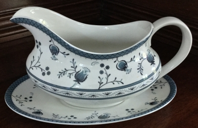 Royal Doulton Cambridge Gravy Boat and Stand