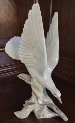 Lladro, Turtle Dove