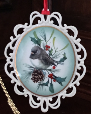 Lenox Winter Greetings Dark-Eyed Junco Ornament