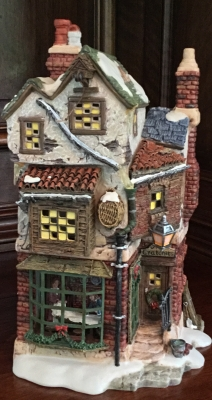 Department 56 Dickens' Village Series, Cratchit's Corner