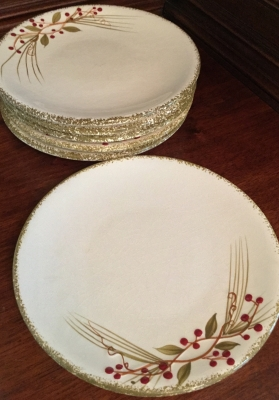 Holly Berry Willow Plates, Set of 6