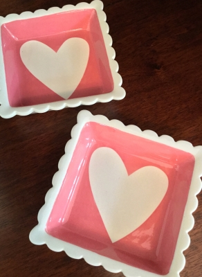 "Fresh Decor ""Heart"" Candy Dishes, Set of 2"
