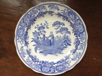 Spode Girl at Well Plate